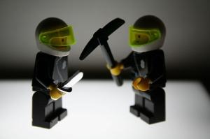 Χτίστες Μονομάχοι