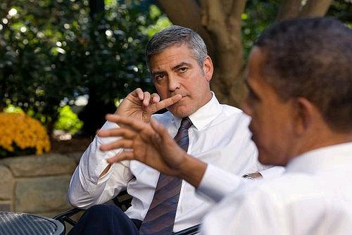 Εικόνα Τζωρτζ Κλούνεϊ με Μπαράκ Ομπάμα